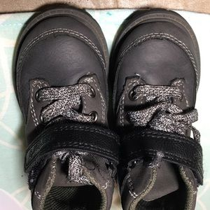 Size 5 carters boots (toddler)
